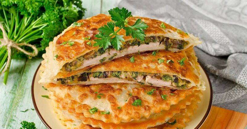 meat-with-mushrooms-and-herbs-baked-in-pastry