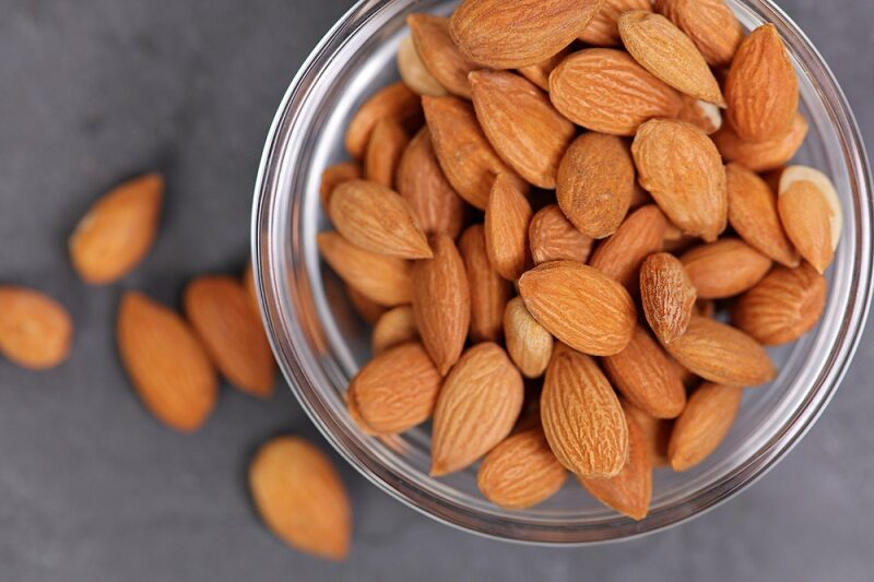 apricot-seeds-in-a-bowl-vitamin-b-17-healthy-eating-cancer-prevention-concept-alternative-medicine-2